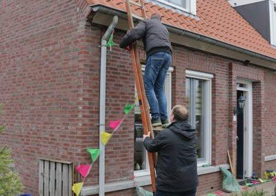 2018 1 28 Brandeliers Versieren Van De Residenties Van De Hoogheden Prins Alex I & Adjudant Charles Theunis ( (30)