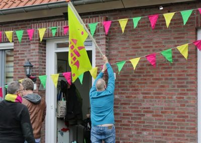 2018 1 28 Brandeliers Versieren Van De Residenties Van De Hoogheden Prins Alex I & Adjudant Charles Theunis ( (32)